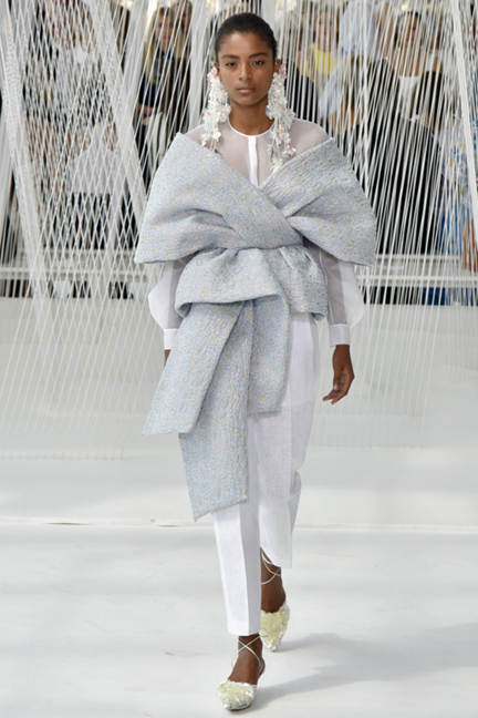 Mandatory Credit: Photo by Rodin Banica/WWD/REX/Shutterstock (5896989y) Model on the catwalk Delpozo show, Runway, Spring Summer 2017, New York Fashion Week, USA - 14 Sep 2016